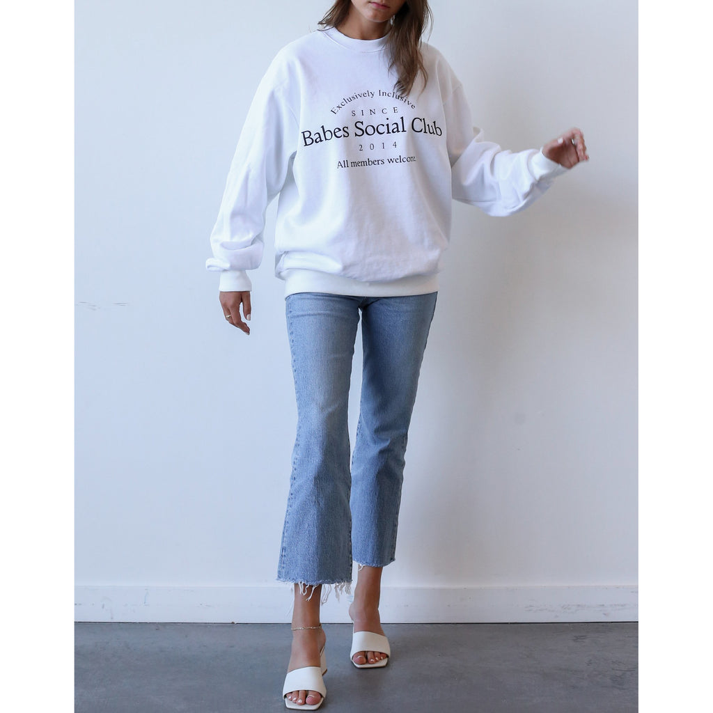 women's oversized crewneck