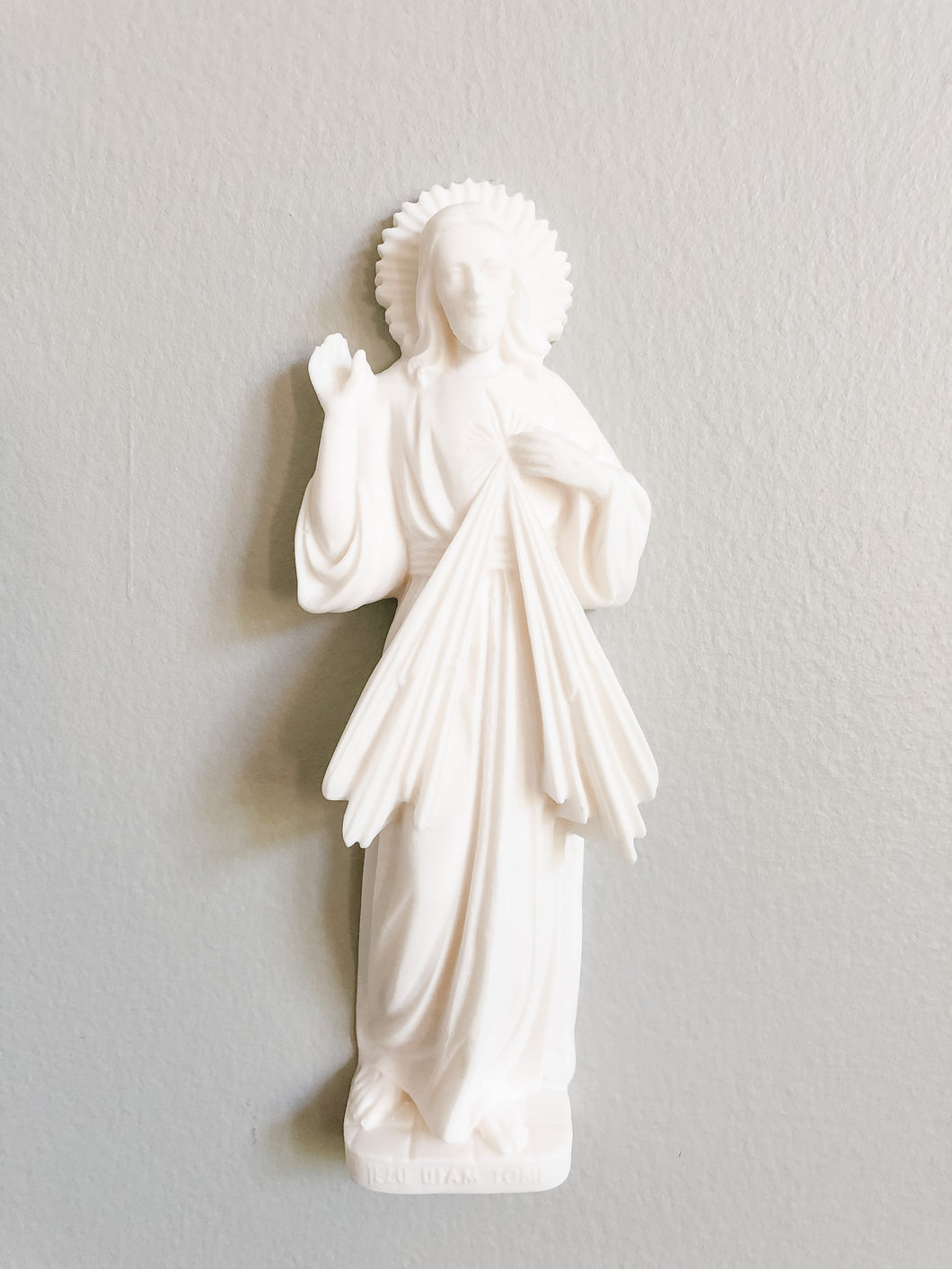 Divine Mercy - Wall Statue