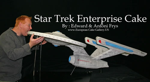 Star Trek USS Enterprise Refit Cake by Edward and Antoni Frys, via Cake Wrecks