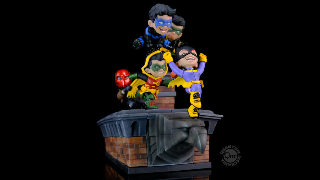 Batman Family Knight Out Limited Edition Q-Master Diorama