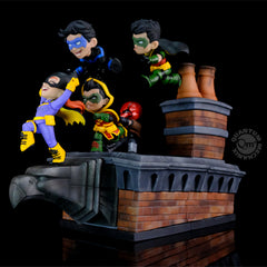 Photo of Batman Family Knight Out Limited Edition Q-Master Diorama
