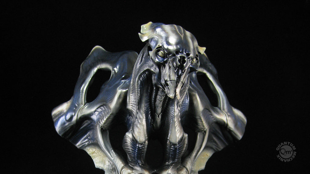 Super 8 Alien Bust