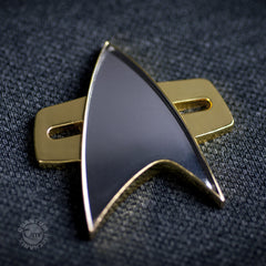 Thumbnail of Star Trek: Voyager Communicator Badge