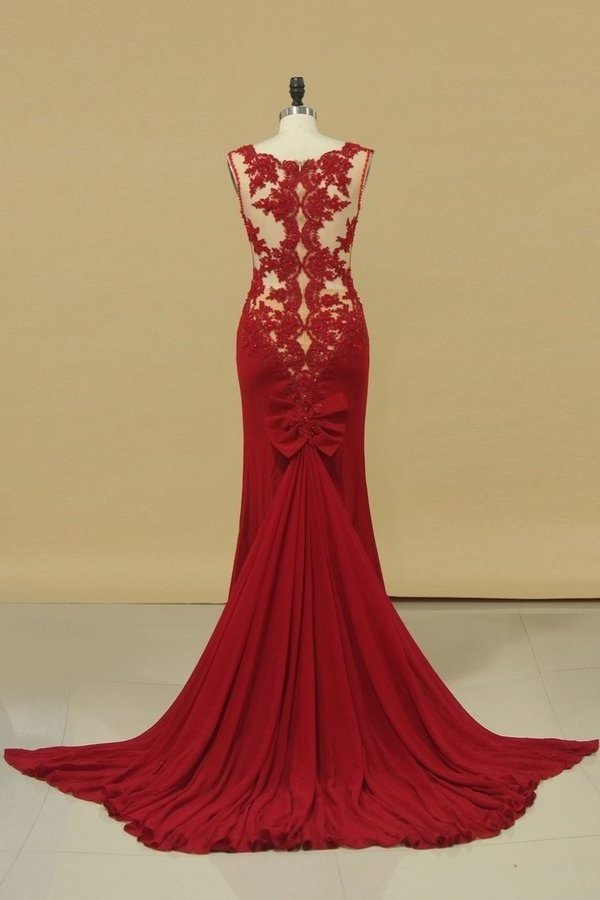 V Neck Prom Dresses Sheath With Applique Court PTSL7NPS