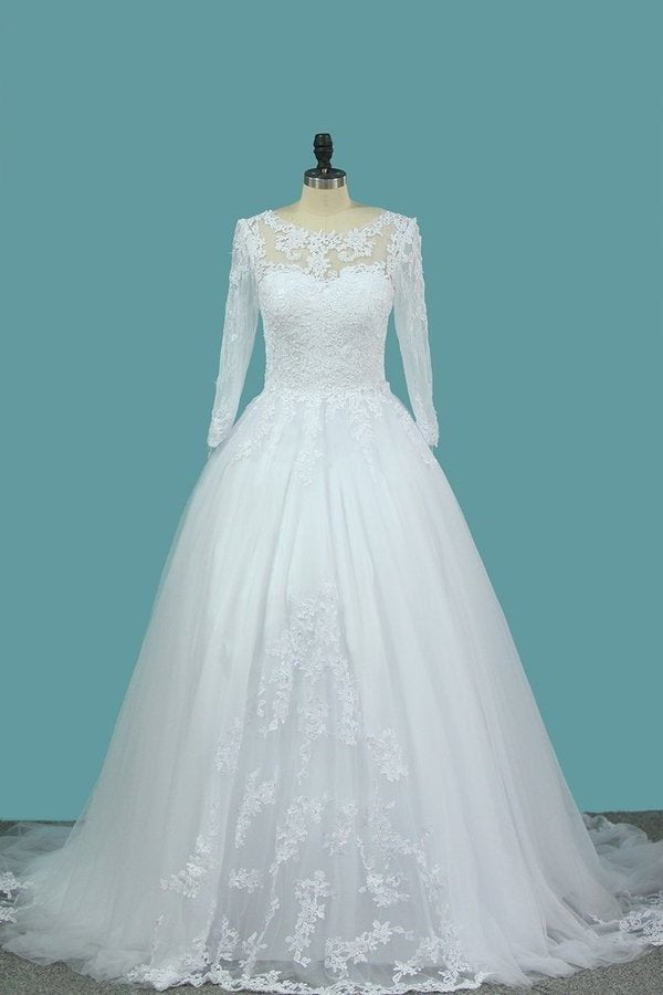 A Line Tulle Bateau 3/4 Length Sleeve Wedding Dresses With Applique PLL7J1TN