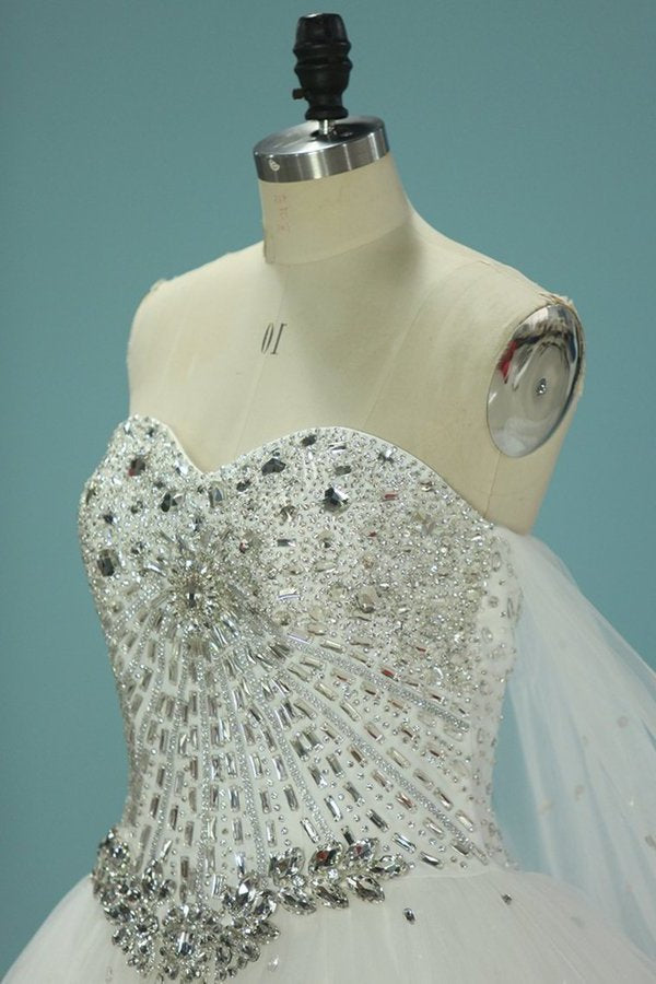 Gorgeous Wedding Dresses Sweetheart With Applique And Beads Chapel Train PEBF3APR