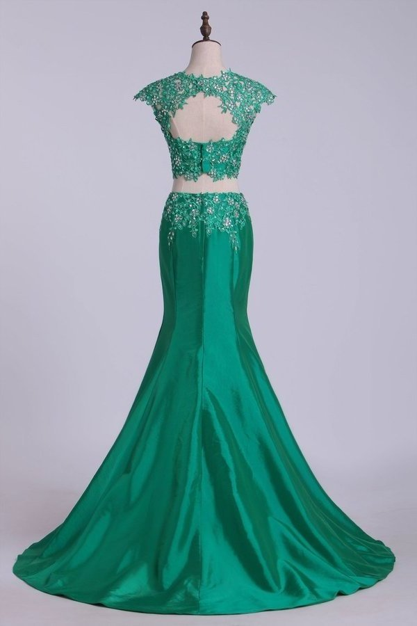 Two Pieces Bateau Prom Dresses Mermaid Sweep Train With Beading PGQEFKCQ