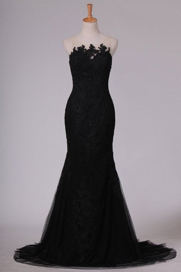 Black Evening Dresses Scoop Tulle With Applique Sweep Train PFGCDS9G