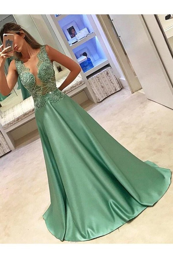 2020 Scoop Prom Dresses A Line Satin With PYG4CLBD