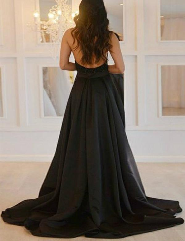 Sexy Deep V-Neck Black Prom Dresses With Beading High Slit Backless Formal Dresses