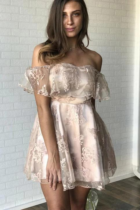 Sexy Off the Shoulder Lace Appliques Homecoming Dresses Short Prom Dresses