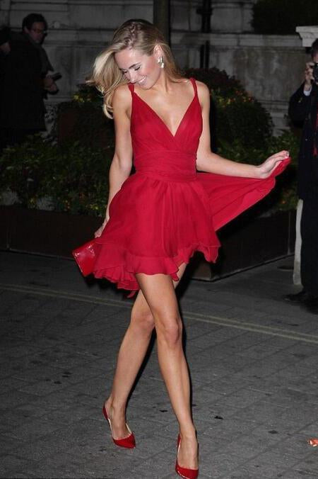 Sexy Red Chiffon V Neck Straps Short Homecoming Dresses Sweet 16 Dresses