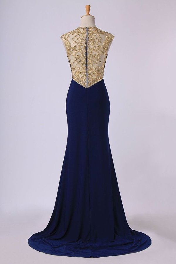 2020 Scoop Neckline Column Beaded Bodice Prom Dresses With Court Train PK7NNCCG