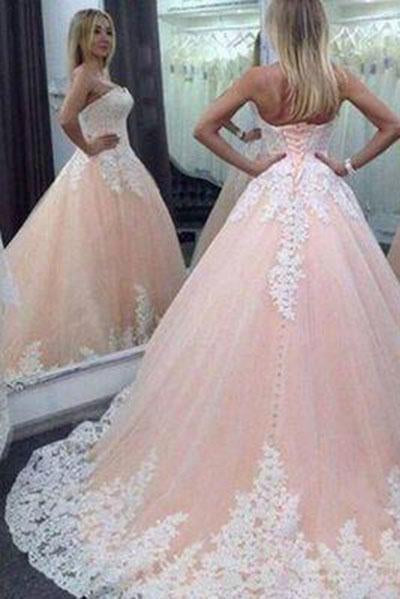 Vintage Ball Gown Sweetheart Pink Lace Appliques Tulle Long Quinceanera Dresses