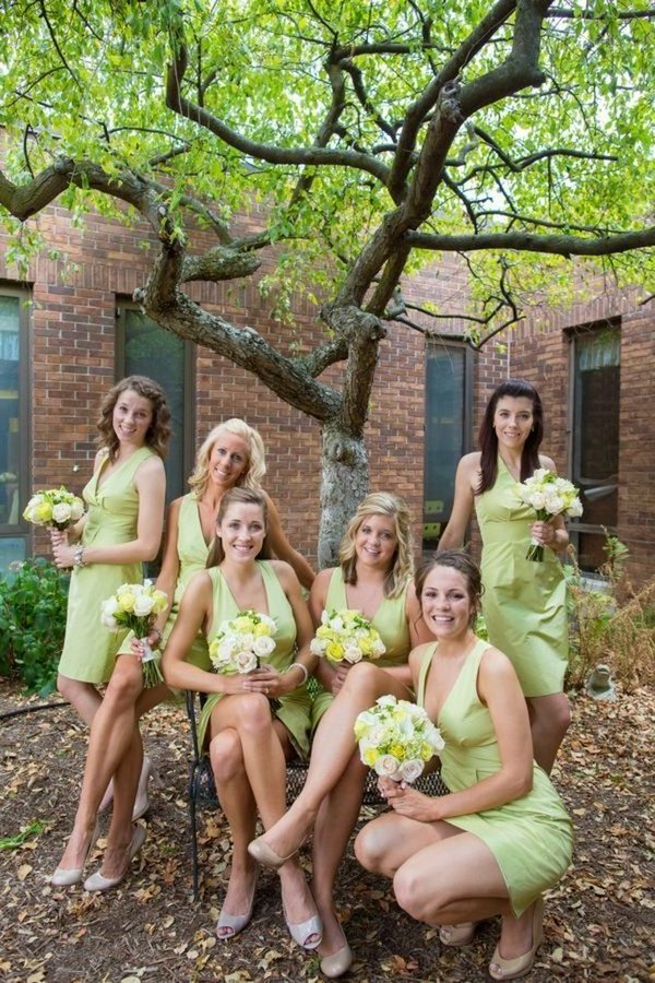 V-Neck Sage Simple Sheath Knee Length Bridesmaid Dresses PGAHKYGB