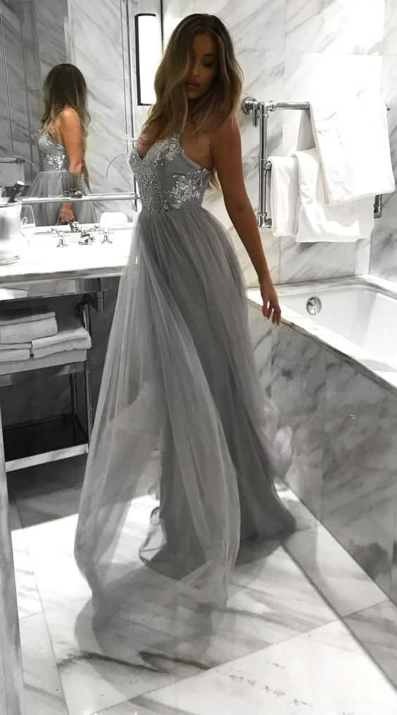 Light Grey Backless Spaghetti Straps Lace Tulle Long A-line V-Neck Prom Dresses