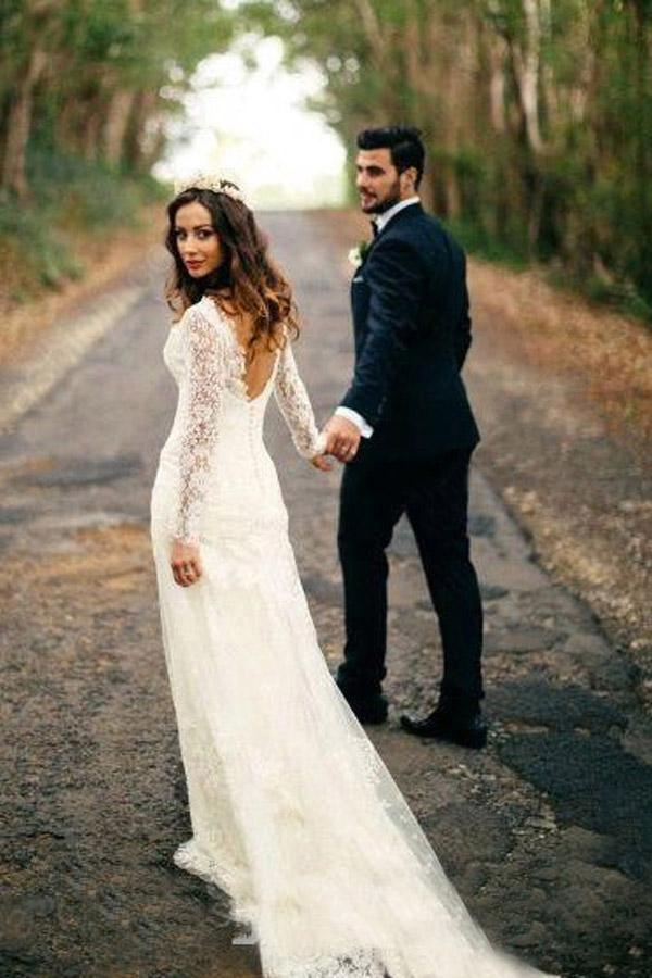 Sexy Gorgeous Mermaid Long Sleeves V-Neck Backless White Lace Wedding Dresses