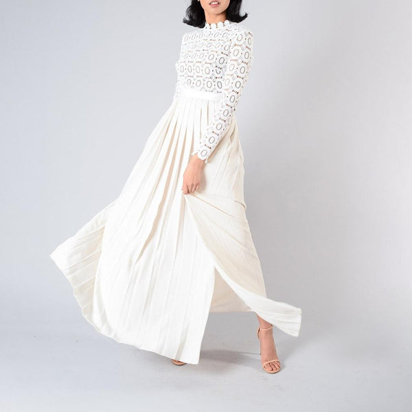Self Portrait White Lace Pleated Skirt Crochet Floral Maxi Dress RRP$505 Zoom Boutique Store dress Self Portrait White Lace Pleated Crochet Maxi Dress | Zoom Boutique