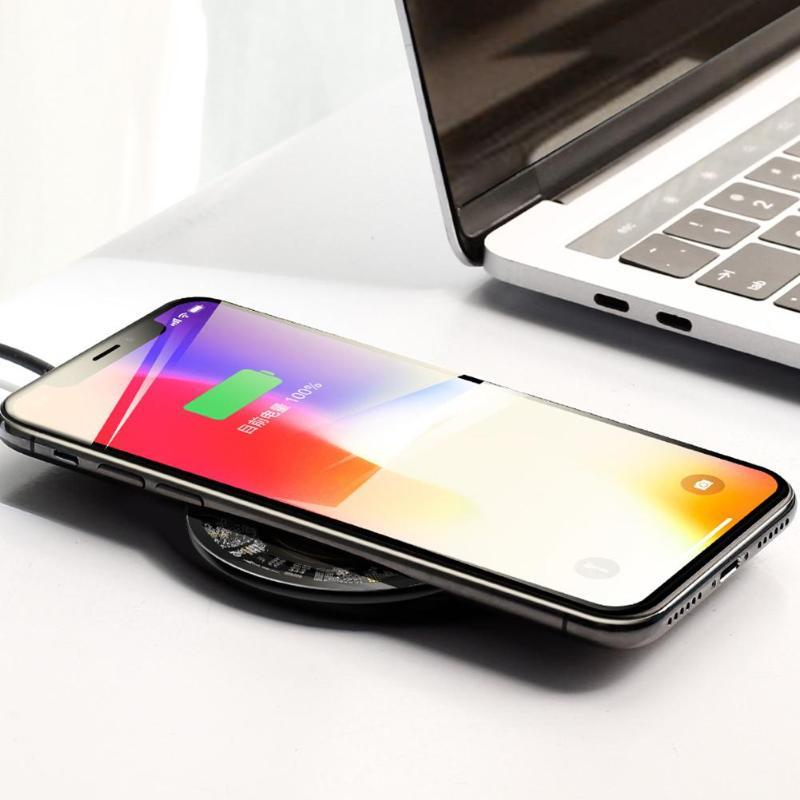 Wireless Charger With Clear Design - nerdygeektoys.com