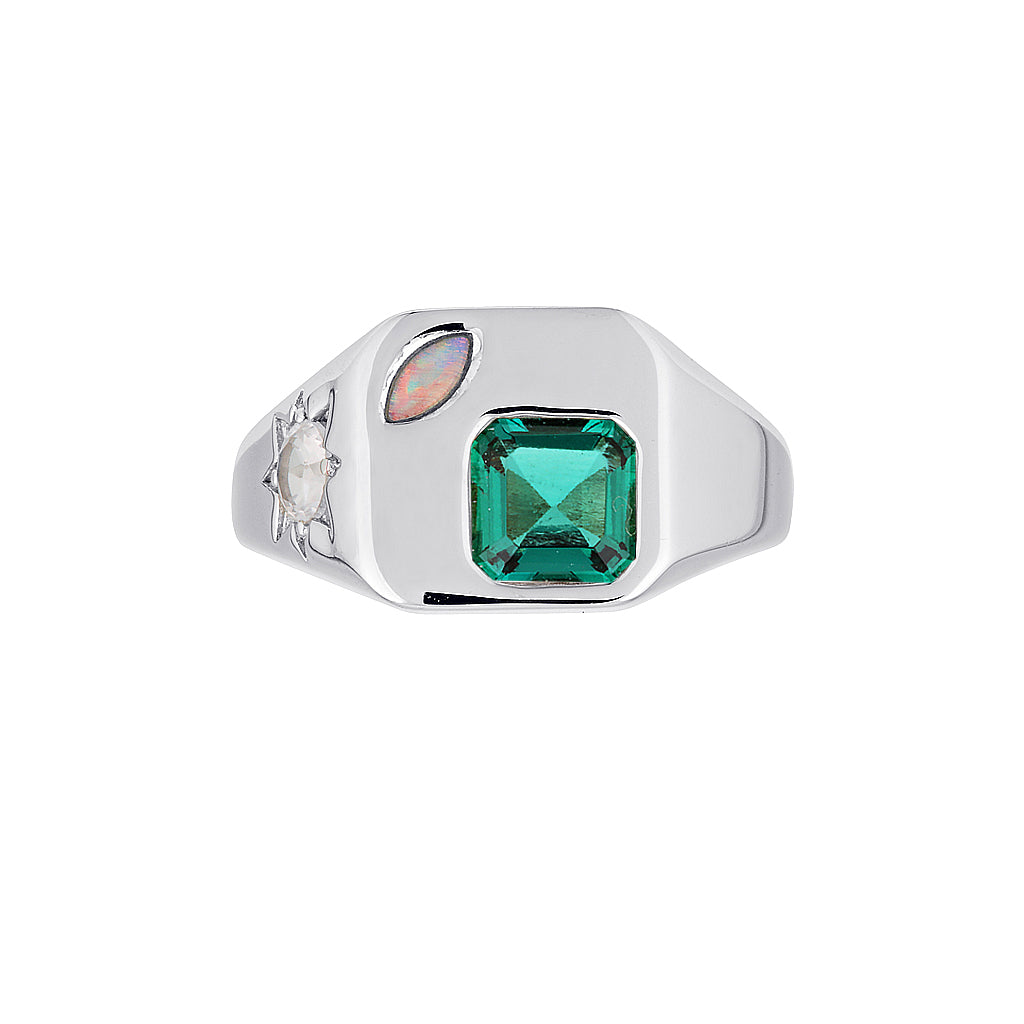 BB (BOSS BABE) SIGNET RING.