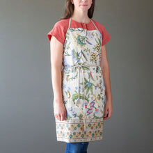 Load image into Gallery viewer, Cotton Sheeting Apron