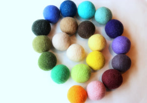 Colorful dryer balls