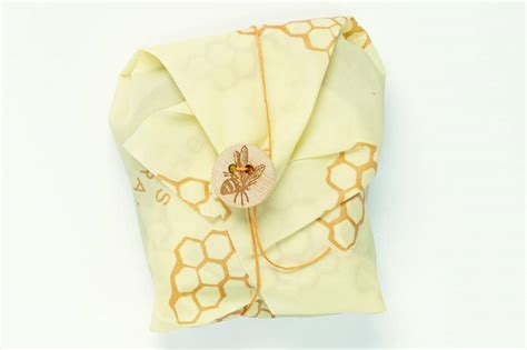 "Bee's wrap sandwich wrap with tie 13""x13"""
