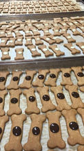 Load image into Gallery viewer, A 5 special bone shaped treats with carob buttons. Dogs love this treat with peanut butter and honey !  Ingredients: Wholemeal and plain flour, free-range eggs, Australian peanut butter, leatherwood honey.