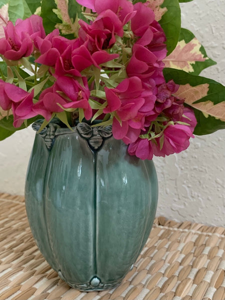 Ceramic Fluted Vase with Bee Design - FREE PRIORITY SHIPPING for U.S. Orders