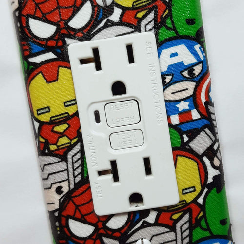 Chibi Marvel Characters Outlet Cover Close Up