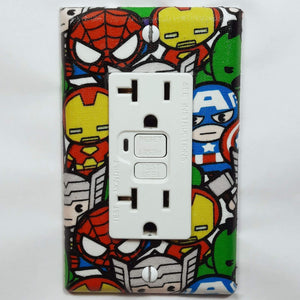 Chibi Marvel Characters Outlet Cover Front View