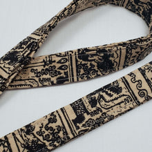 Load image into Gallery viewer, Legend of Zelda Tribal Style Lanyard and Key Fob Close Up