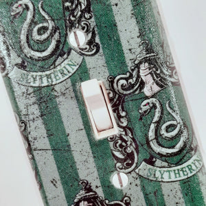 Slytherin Harry Potter Outlet Cover Close Up