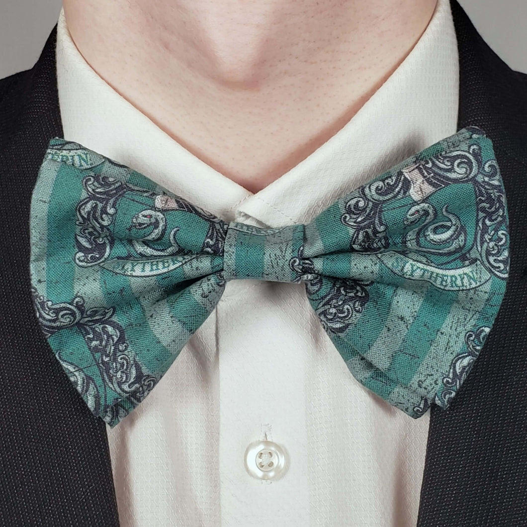 Slytherin Crest Bowtie on Collar
