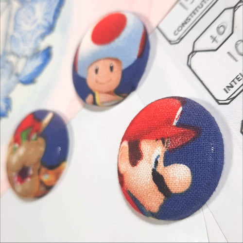 Super Mario & Bowser Magnets Right Angle View