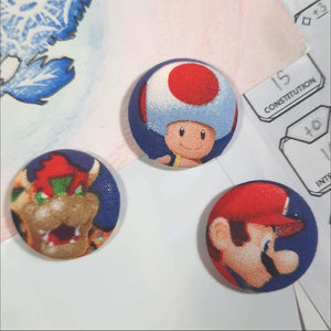 Super Mario & Bowser Magnets Front View