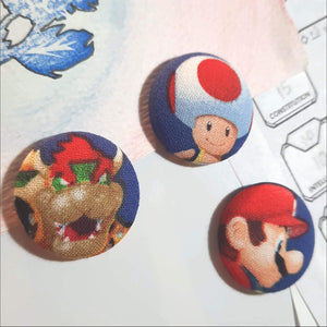 Super Mario & Bowser Magnets Left Angle View
