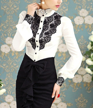 Victorian Lace Puff-Sleeved Blouse