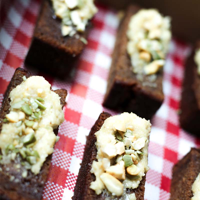 Banana Bread Finger with Cashew Nut Butter