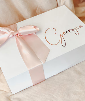 Open image in slideshow, PERSONALISED GIFT BOXES