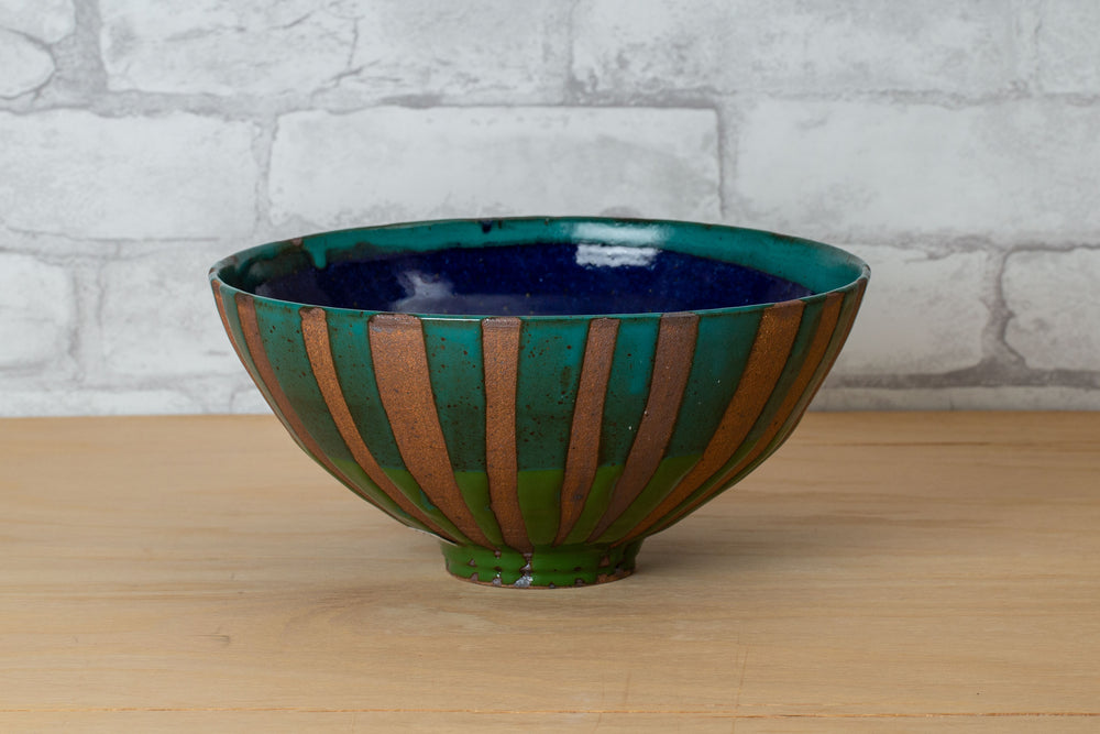 Load image into Gallery viewer, Ceramic Bowl - Liz Kinder