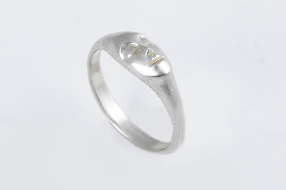 Load image into Gallery viewer, Lady Grey Face Ring - Hannah Blount