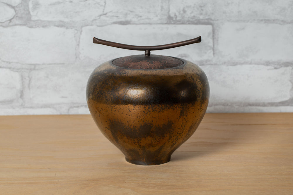 Load image into Gallery viewer, Lidded Vessel - Carol Green