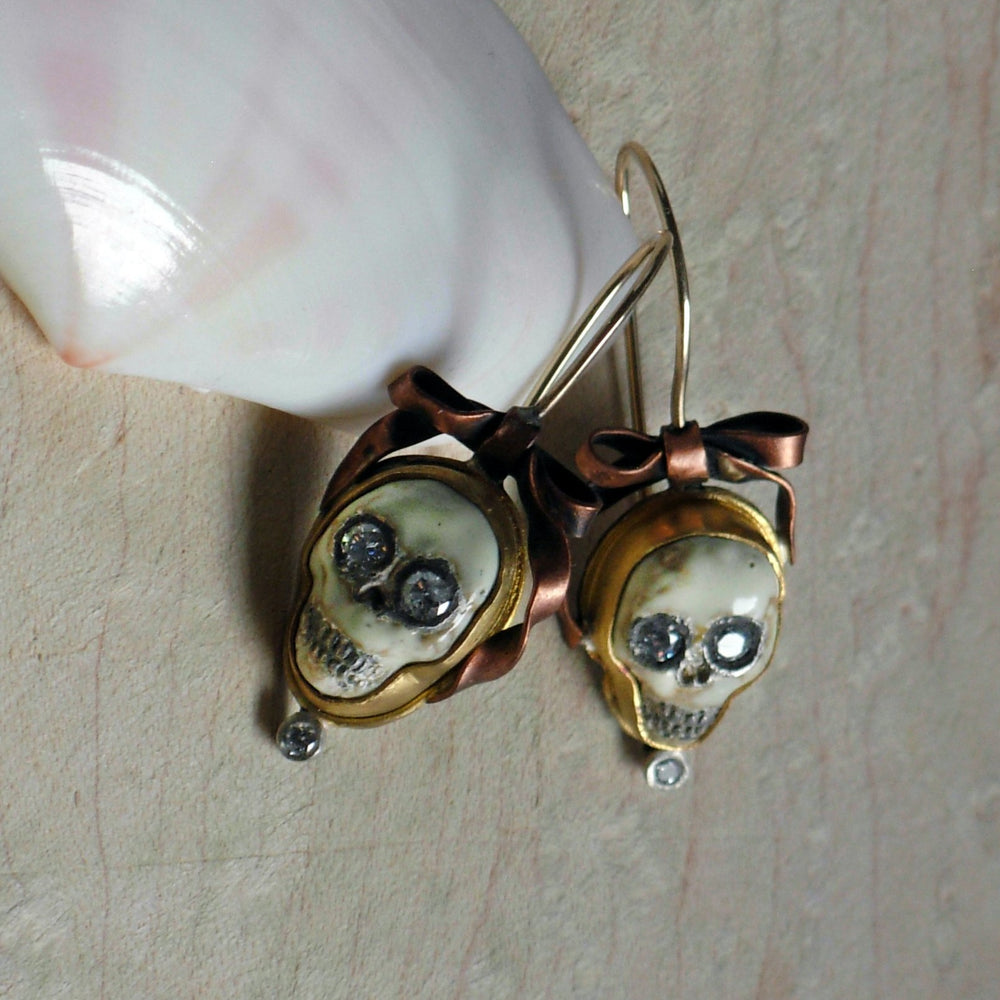 Load image into Gallery viewer, Skull & Bows Earrings - Melinda Risk