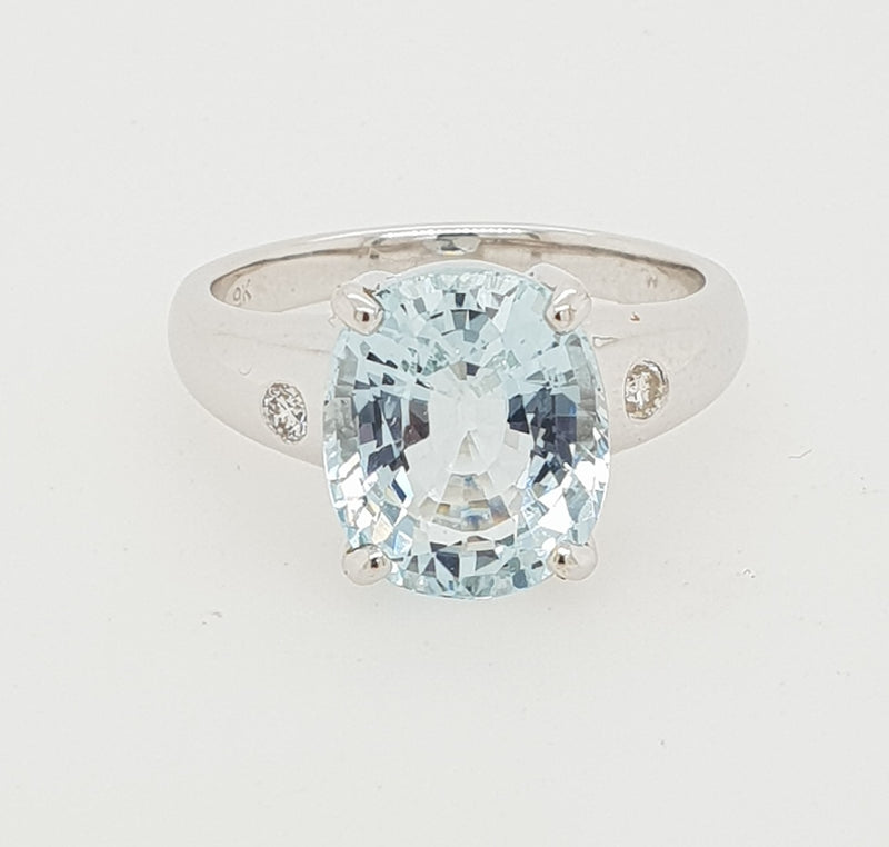 9ct white gold 4.36carat Aqua-Marine and Diamond Dress Ring