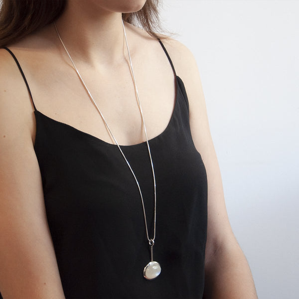 Najo Sterling Silver Delilah Moonstone Necklace