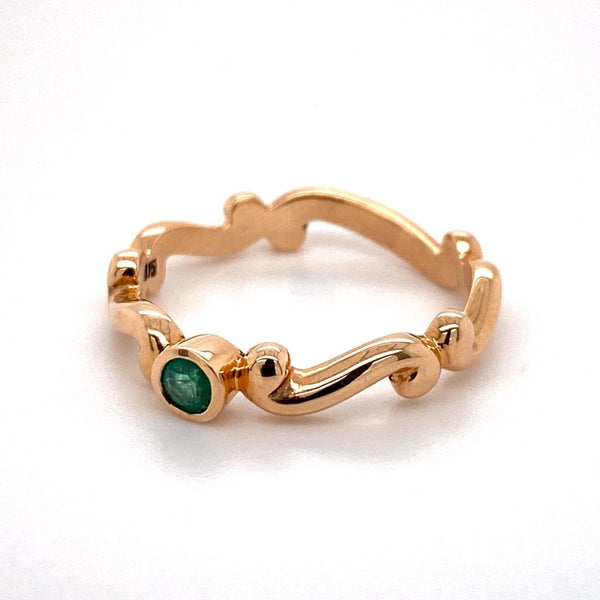 9ct rose gold Natural Emerald ring