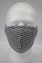 Load image into Gallery viewer, Linen Houndstooth mask
