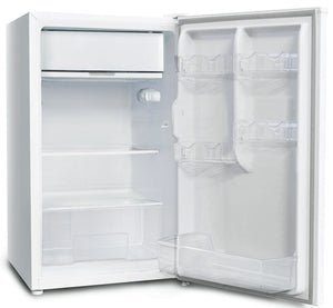 Chiq 126 L Bar Fridge CSR128W (Brand New) - Brisbane Home Appliances