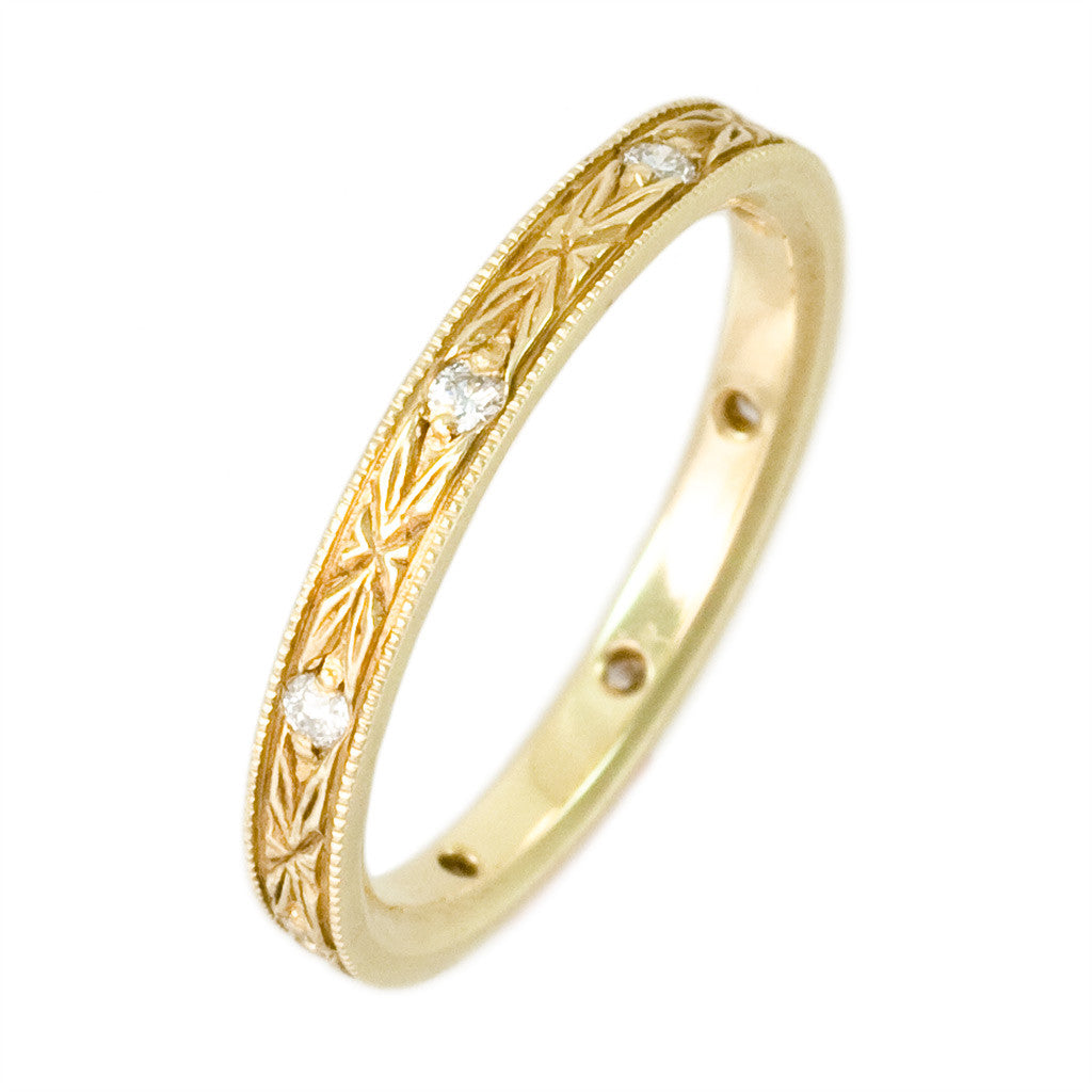 <b> 18 KARAT YELLOW GOLD AND DIAMOND ANTIQUE REPRODUCTION BAND</b><br>by G.S. DESIGN